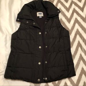 Old Navy Women's fleece lined puffer vest